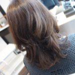 髪をヘアアイロンやコテで巻く温度は何度がいいの?