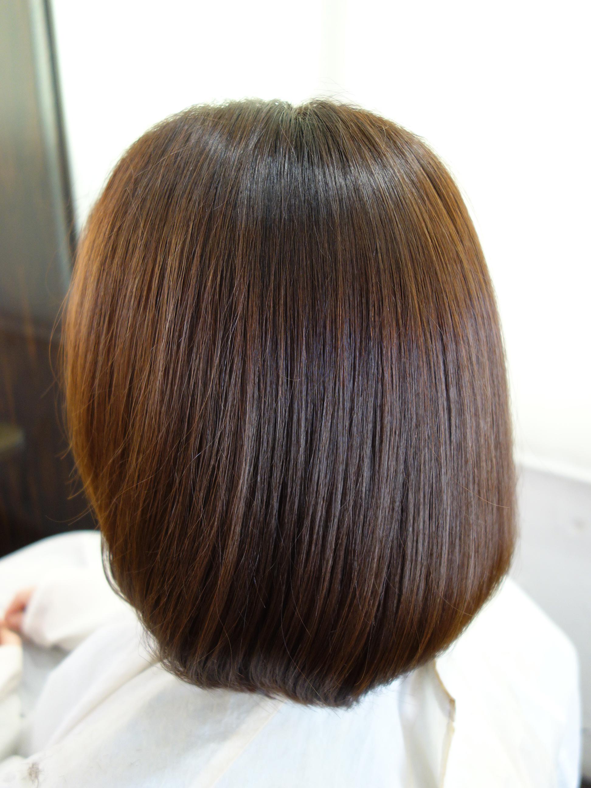 ヘナをすると髪が黒くなるってほんと?   神戸で本物の天然100 ...