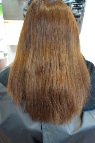 髪が退色したオレンジ色を消すには?