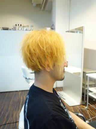 予想を超えるヘアスタイル かな?