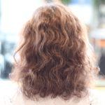くせ毛の人に例えばこんなストレートパーマはどうです?